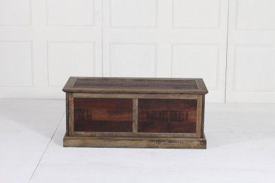 resize_THOMSON TRUNK RECTANGLE TABLE FRONT VIEW (1).jpg Acacia Copyright