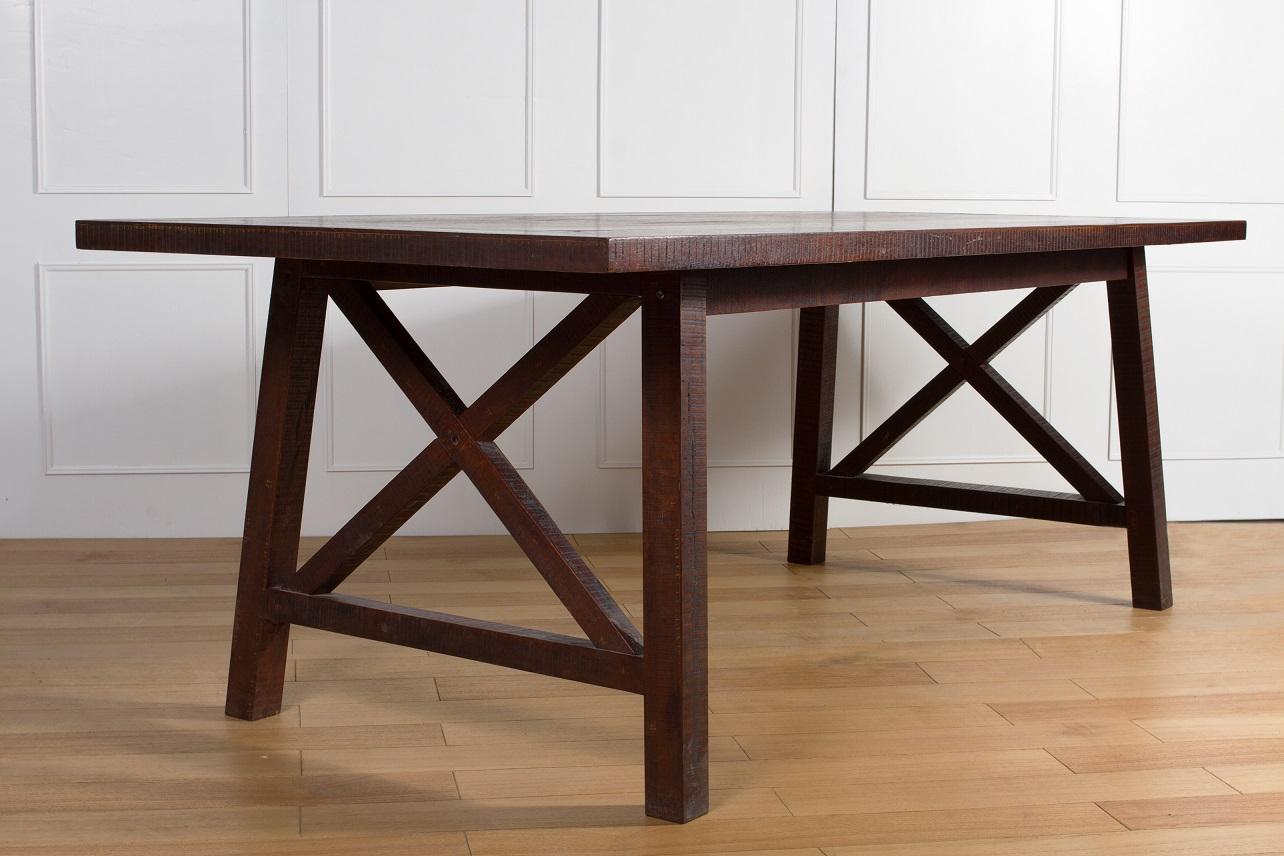 COSTILAN ETERNAL  DINING TABLE